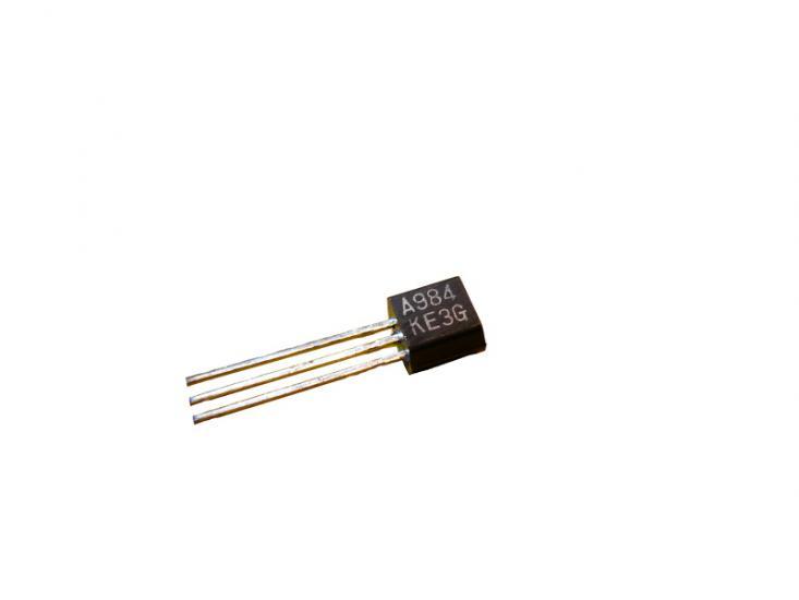 tranzistor 2SA984